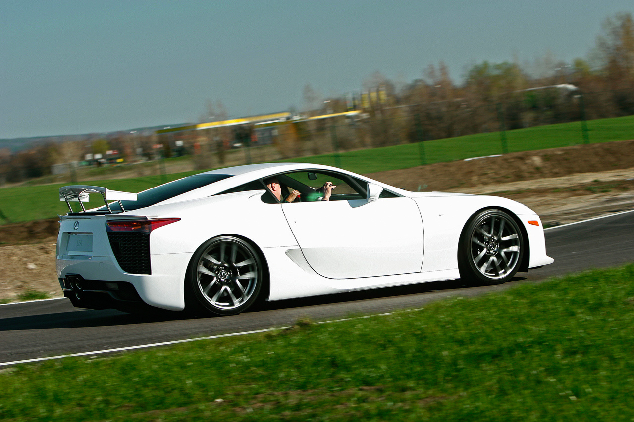 Totalcar – Lexus LFA bemutató – Galéria