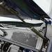 Újhullámos Renault-kényeztetés: hidraulikus géptető-kitámasztó