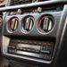 A Mercedesnél nem forgatják a középkonzolt a sofőr felé