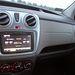 Bluetooth, USB-csatlakozás, rádió, és iGo alapú navigáció egyben, ahogy kell, a kezelése egyszerű, a hangminősége egy családi furgonba bőven megfelel