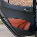 A hátsó rakodóhely igazi luxus egy miniautóban. Ebben van, még palacknak is
