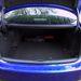 450 liter a csomagtartó és a Lexus meg tudja csinálni azt, amit mondjuk az Infiniti nem: elfekteti az akkucsomagot