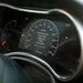 Unaloműzésből az autó hasznos tanácsokat ad és olvastatja velünk a kézikönyvet