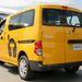 Nem emlegetik, de igazából azért jó taxi az NV200, mert egy furgon
