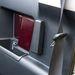 A hátsó ajtók csak belülről nyithatók, csak nyitott első ajtóknál