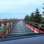 Ez nem híd, hanem egy emeletes vonat szerelvény