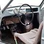 Spártai műszerfal, csővázas ülések: az EA 48 zsigerből mellőzte a luxust