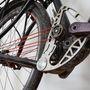 A stringbike jól bírja a gyűrődést. A zsinór kb. 3000 kilométert bírt, a rossz úton, hegyes vidéken eléggé igénybe vették, elszakadt. Mikor tanulták a szerelést a Schwinnél féltek, hogy hogyan fognak hozzászokni ehhez az új rendszerhez, de végül pár másodperc alatt kicserélték