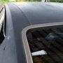 Kibillenthető hátsó ablak, párnázatlan viniltető