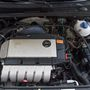 174 lóerős, 2800 köbcentis, hengerenként kétszelepes, szűk hengerszögű V6-os motor. Még húsz év távlatából is szenzáció, hogy ekkora motor került egy ilyen kicsi autóba. Egyre inkább az lesz, ugyanis a mostani R-es csúcs-Golfban is csak négyhengeres TFSI-t találunk