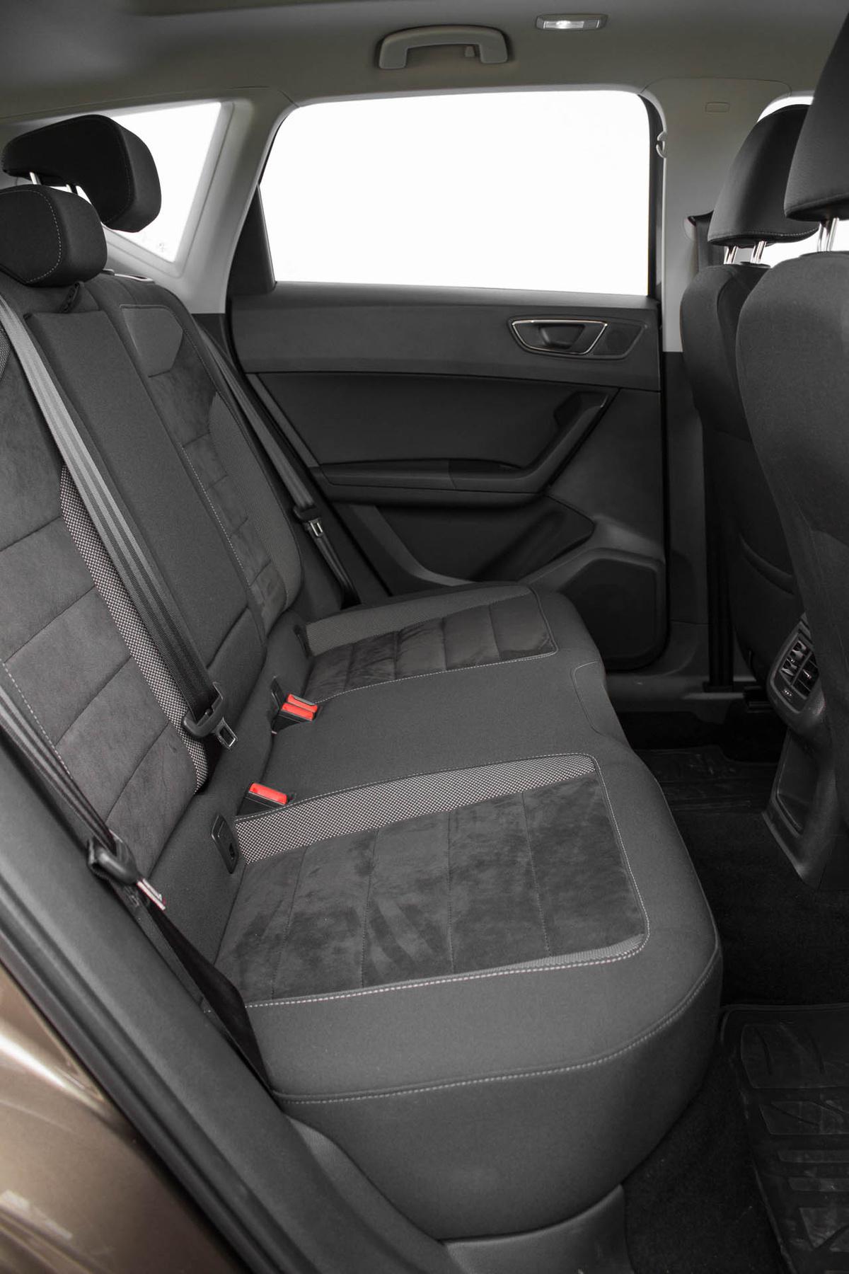 Audi magatol leparkol 658 - Sd K Rty R L K Pek T Lthet K Az Atec Ra Amit Azt N A K Zponti Kijelz N B Ng Szhet Nk