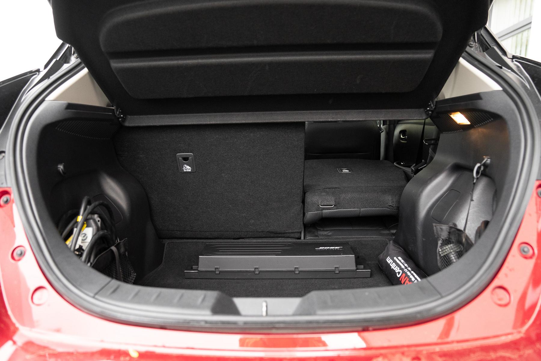 A 217 lóerő és 340 Nm nyomaték már figyelemre méltó és bőven mókás