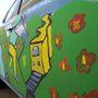 Ezt a Leafet gyerekmunkával festették be - kifejezetten jól áll neki
